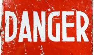 danger-red-flag